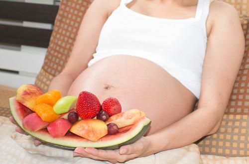 孕妇逛街的有哪些利和弊