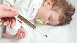 孩子3岁后还遗尿,晚上要叫醒吗?