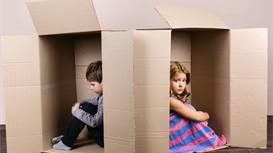 孩子在外上学,家长如何管孩子?