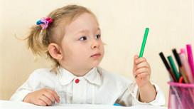 孩子喜欢扔东西,家长怎么引导?