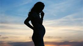 女性产后憋不住尿、漏尿是怎么回事?