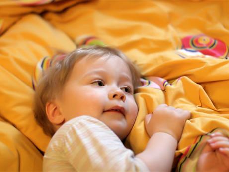 宝宝发烧期间饮食要注意什么?
