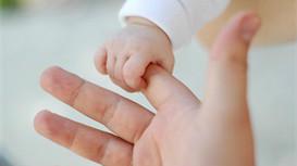 宝宝吃饭慢要如何改善呢?