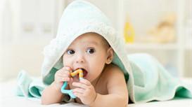 宝宝眼睛分泌物莫忽视 专家教你巧清理
