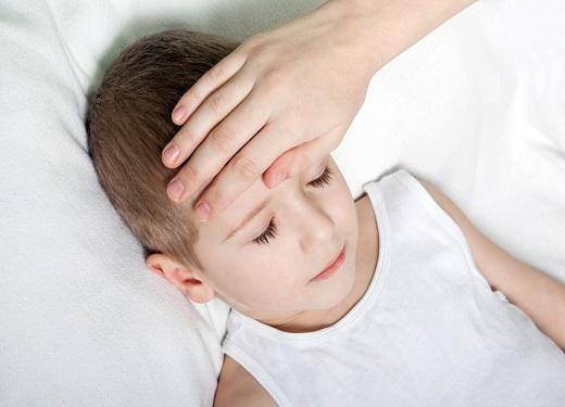 八个月宝宝病毒性发烧怎么办