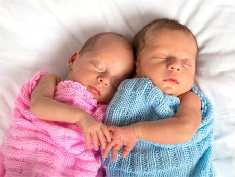 新生儿呼吸窘迫综合征有什么症状?如何治疗?