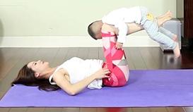 这是获取宝宝信任的正确打开方式丨丁梵亲子瑜伽课堂