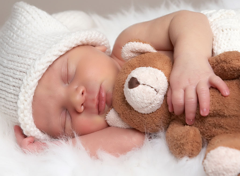 哄宝宝睡觉的正确方法