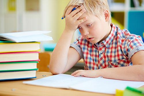 儿童近视眼吃什么好   吃之前先了解孩子体内缺什么