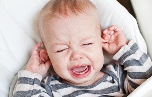 宝宝发烧后腹泻应该怎么办
