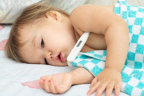 婴儿舌苔厚白是怎么回事 解决婴儿舌苔厚白方法