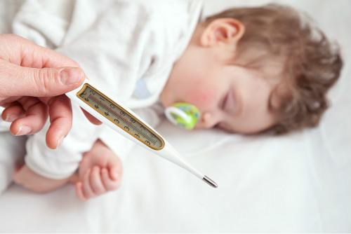 婴儿肚脐消毒用什么比较好