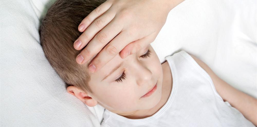 出现这些症状,说明宝宝中暑了