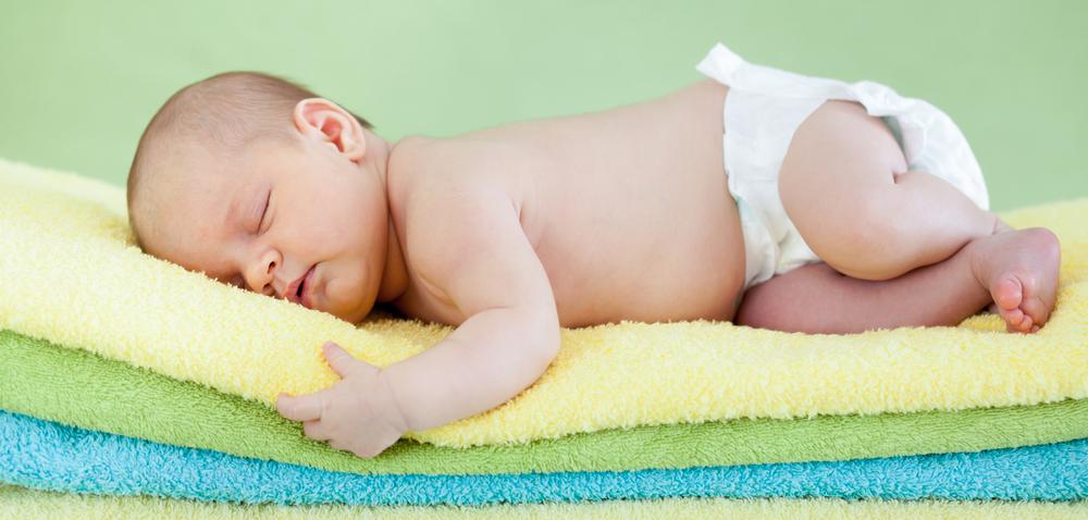 天气渐凉,宝宝睡袋选好不着凉