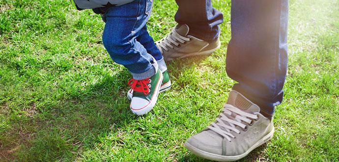 1岁宝宝冬季好鞋的6个标准,get!