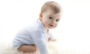 【育儿知识】宝宝湿疹总反复,激素药膏能用吗?