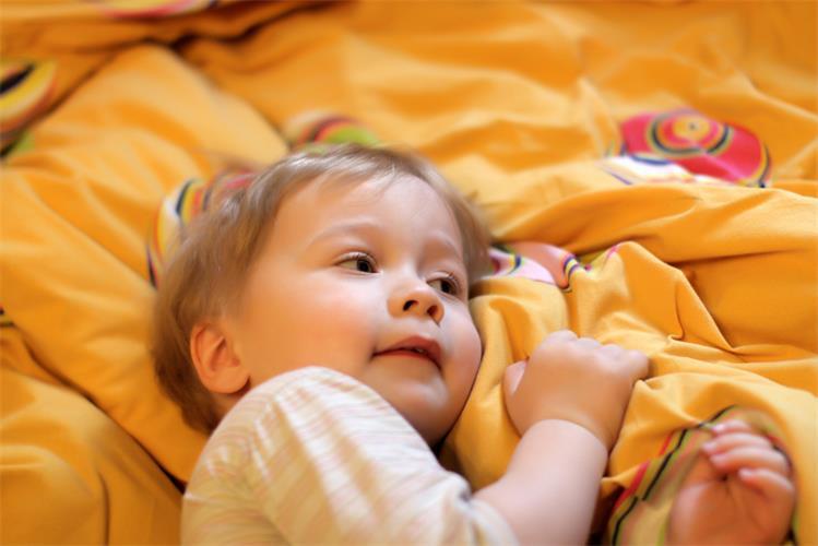 可爱宝宝动态图片眨眼