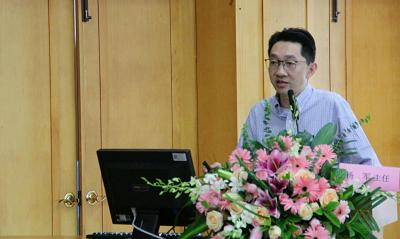 杨军教授作学术报告—《巨噬细胞活化综合征》.png