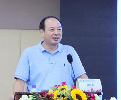 吴时光主任讲授《维生素D代谢与儿童疾病的关系》.png