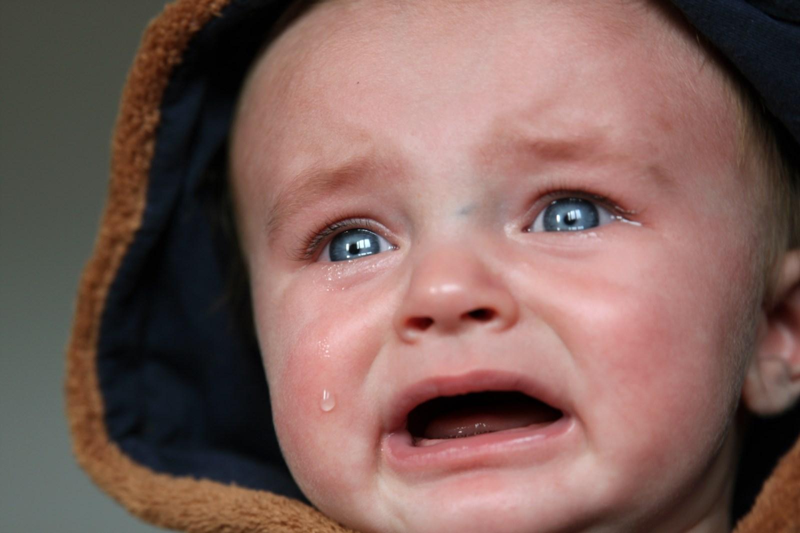 baby-child-close-up-crying-47090.jpg